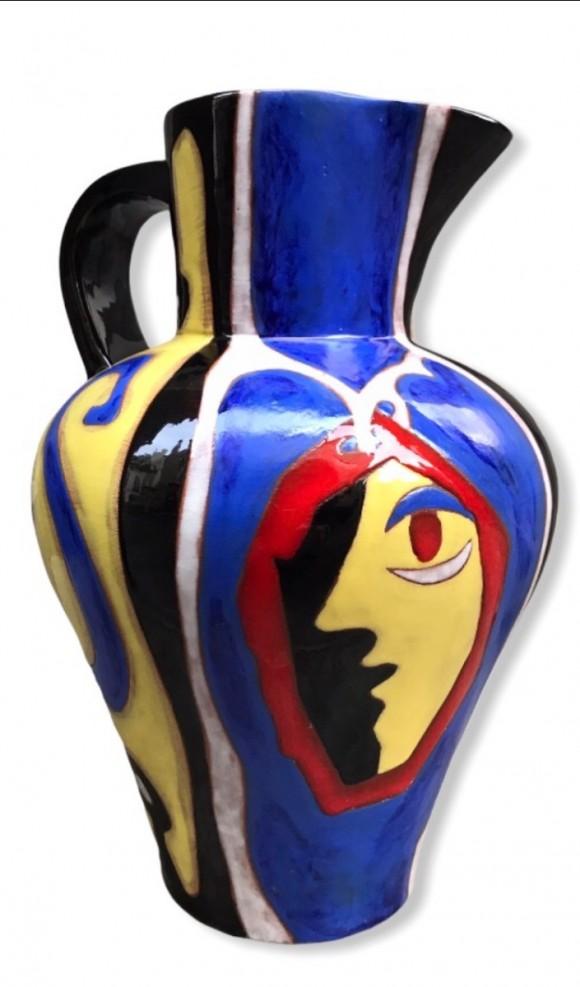 Vase à motif de visage